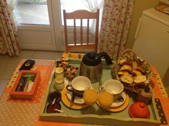 Le Clos de Calas: breakfast