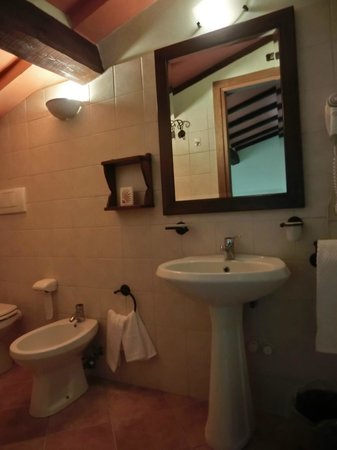 La Fattoria Bellandi: sala da bagno della stanza PIPPO
