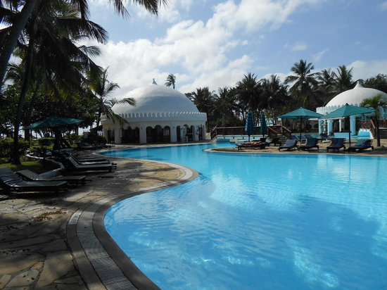 Southern Palms Beach Resort : Het zwembad