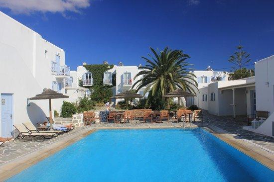 Aeolos Mykonos Hotel: Poolbereich