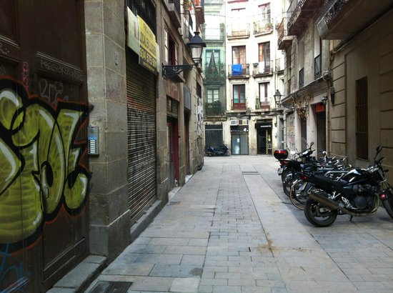 MapaMundo Barcelona: hostel street