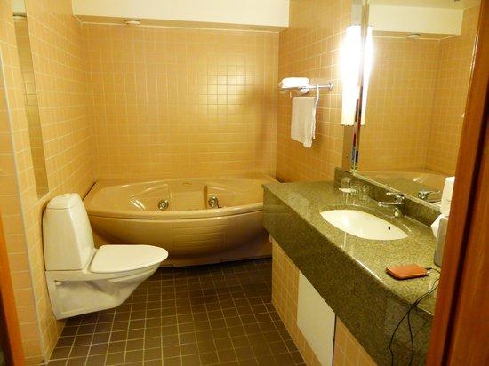 Radisson Blu Royal Viking Hotel, Stockholm: Banheiro