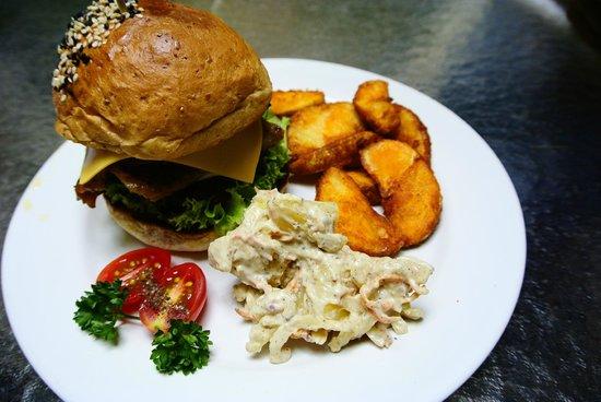 The Baboon House : juicy Pork Burger