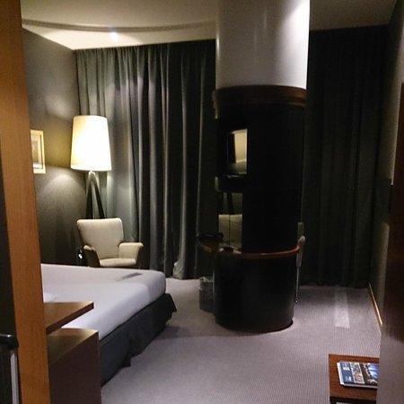 Radisson Blu Hotel, Glasgow: Spacious Room