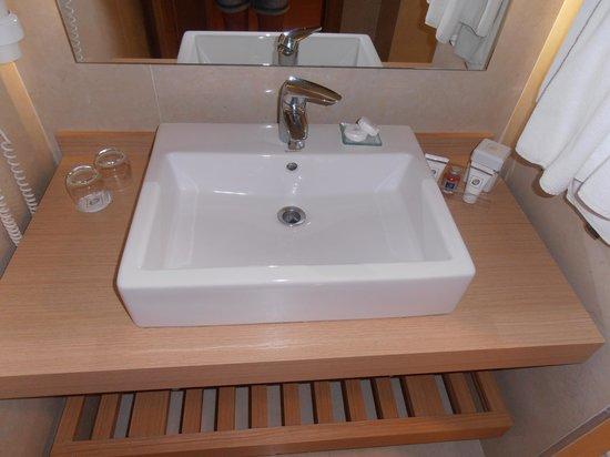 Limak Limra Hotel & Resort : salle de bain