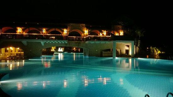 Limak Limra Hotel : piscine