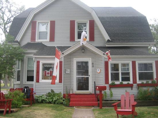 Charlottetown Backpackers Inn