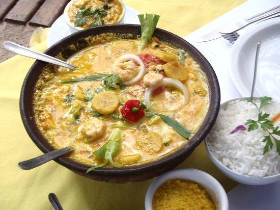 Canteiro do Mar: Shrimp Moqueca with Plantain