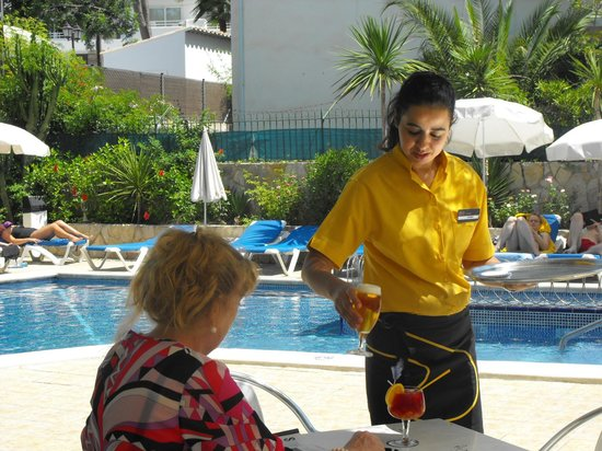 BQ Paguera Boutique Hotel: Great lunch at pool