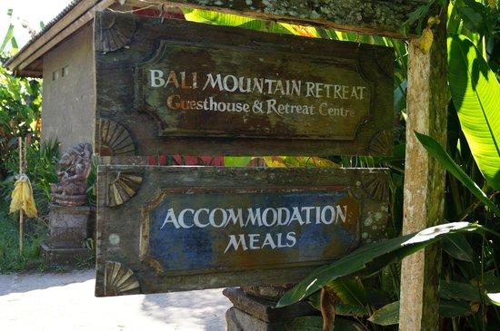 Bali Mountain Retreat: entrance