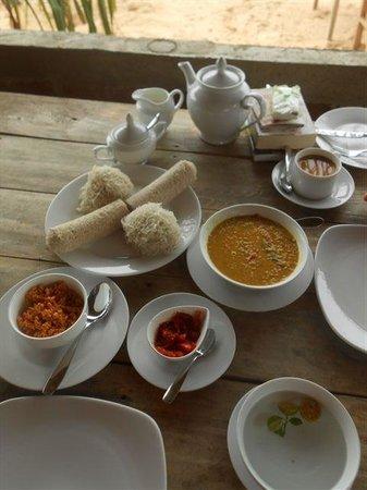 Cinnabar Resort: Frühstück am Stand