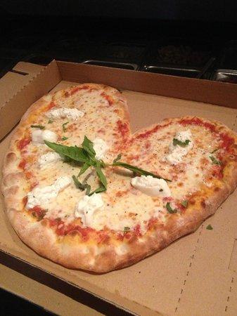 Oliva Trattoria: Pizza for Valentine's Day