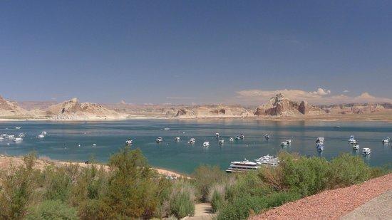 Lake Powell Resort: view from balcony