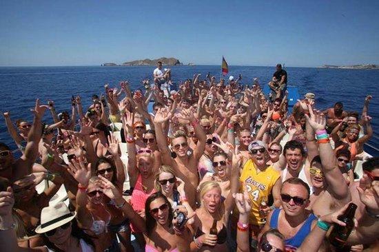Ibiza Rocks Hotel : IBIZA ROCKS THE BOAT