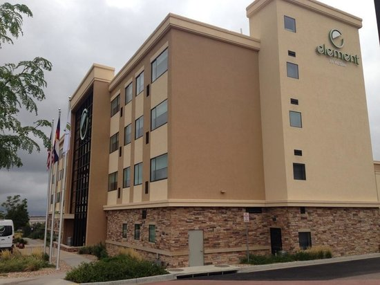 Element Denver Park Meadows : View of hotel from gym parking lot next door