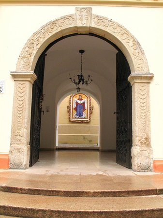 Sremski Karlovci: monastery of Fruska Gora