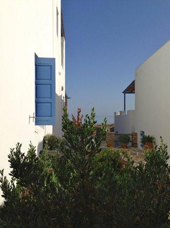 Villa Marandi Luxury Suites: Вид из окна номера