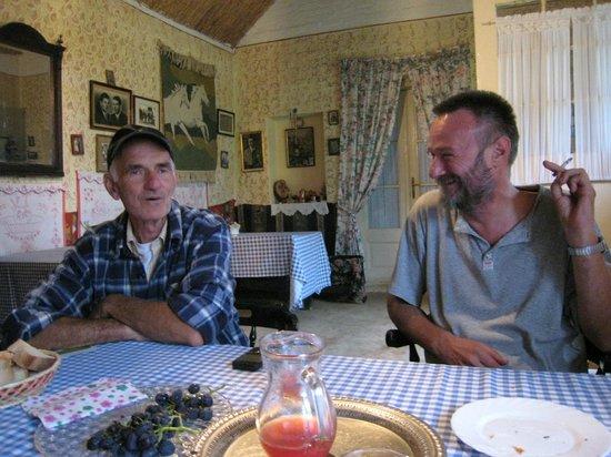 Sremski Karlovci: our guide, Grada, and his friend