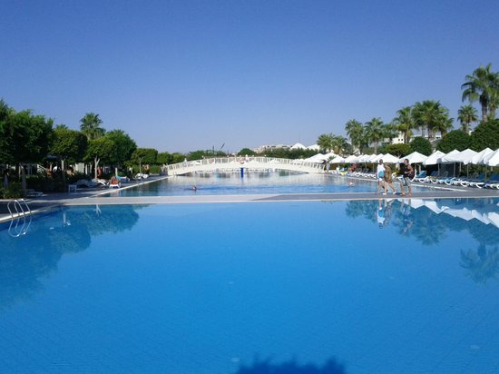 Susesi Luxury Resort : Piscine