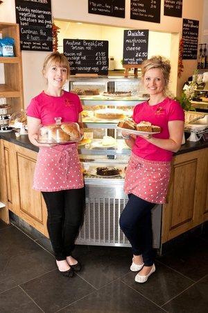 2 Sisters Cafe at Plumgarths: Monika and Magda