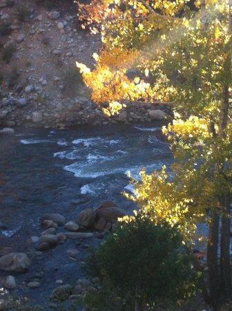Mountain River Inn Bed & Breakfast: River View