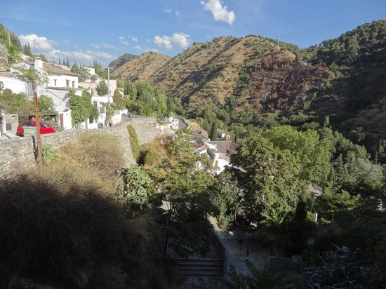 Cuevas El Abanico: House with a view