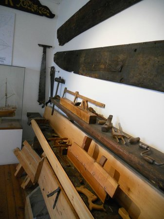 Aalesunds Museum: old ship building tools in Alesund Museum
