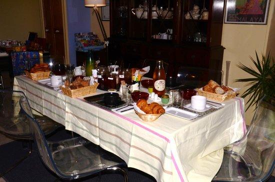 La Ferme aux Chats: un petit déjeuner gargantuesque