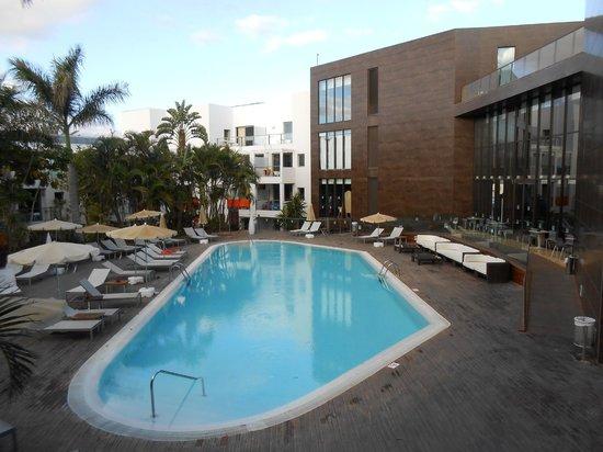 R2 Bahia Playa Hotel & Spa: Piscina climatizada