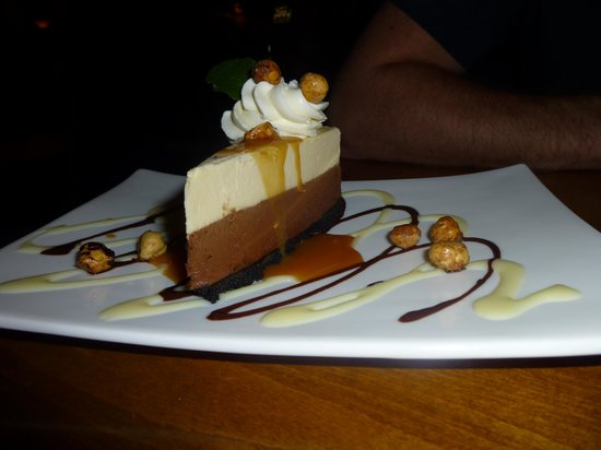 Chives Canadian Bistro : Delightfully Good