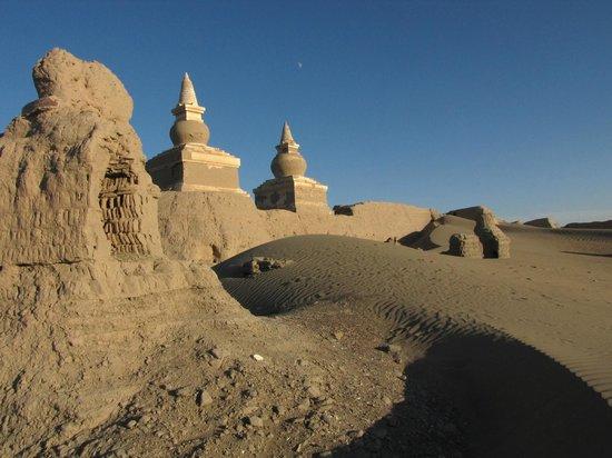 Heicheng Ruins: Buddhist temple