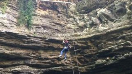 Hidden River Cave and American Cave Museum: Bailey rappelling