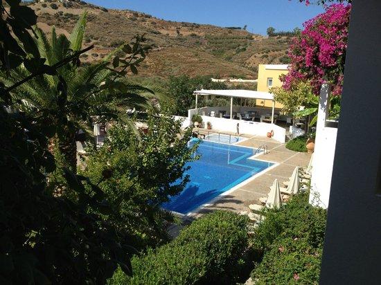 Hotel Xidas Garden: Pool view