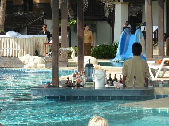 Kacha Resort & Spa, Koh Chang: Poolbar