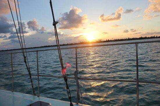 Coco Beach Resort: Sunset Cruise