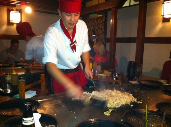 Hana Japan Steak House: The show!