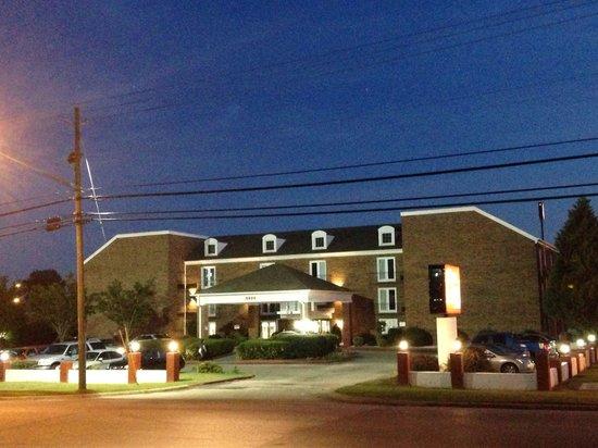 The Alabama Hotel: Alabama Hotel