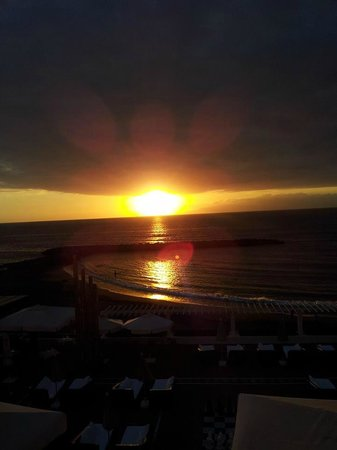 H10 Gran Tinerfe: sunset from chill out terrence