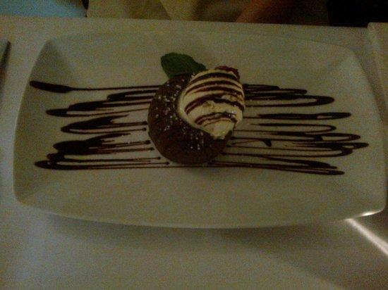The Oak Bistro : Chocolate fondant