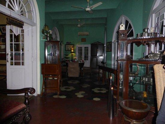 Welcome Heritage Ranjit's SVAASA: Hier wird zu Abend gegessen