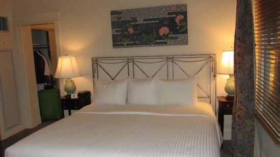 Hotel Lombardy: Room