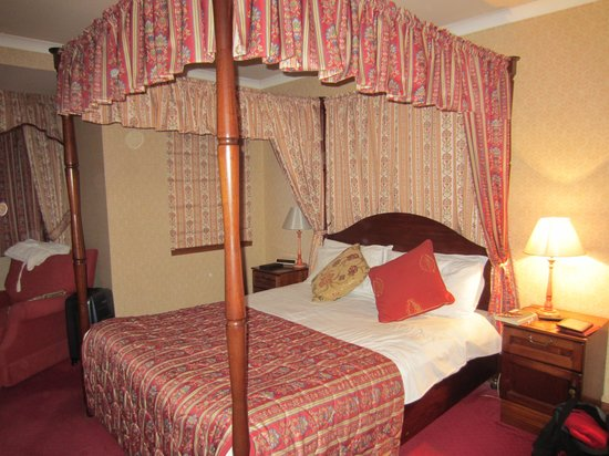 Kilconquhar Castle Estate and Country Club : Our bedroom