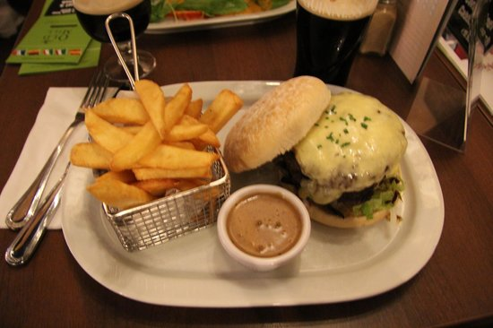 burger mit pommes und leckerer so e picture of the old mill restaurant dublin tripadvisor. Black Bedroom Furniture Sets. Home Design Ideas