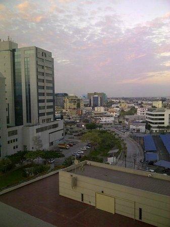 Hilton Colon Guayaquil: Guayaquil desde la habitación
