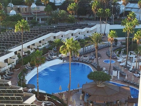 H10 Gran Tinerfe: pool view from room