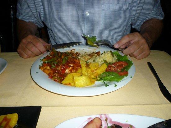 Oasis Restaurant : Mexican chicken.