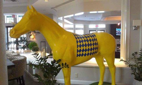 Hilton San Diego/Del Mar : horse
