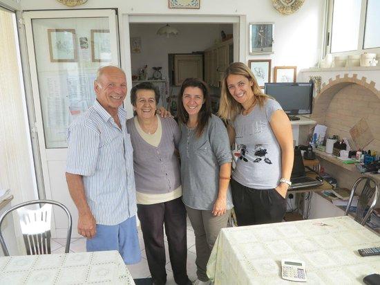 Villa Damecuta: Das Familien-Team