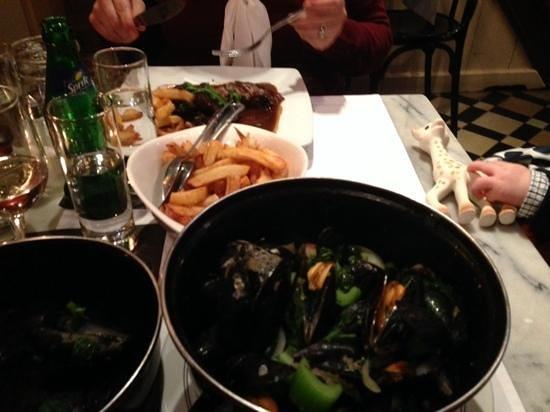 In Den Wittenkop: Mussels & Frites