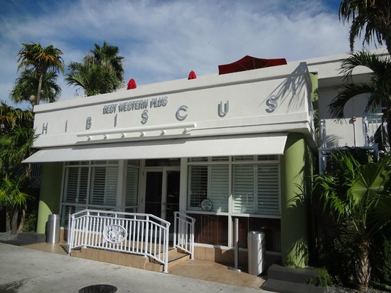 BEST WESTERN Hibiscus Motel: Outside mainentrance